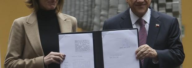 """Expertos en educación analizan proyecto """"Aula Segura"""" de Piñera: """"Es la misma lógica de Donald Trump"""""""