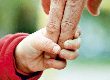 PDI recibió 262 denuncias por adopciones irregulares entre 1973 y 1990