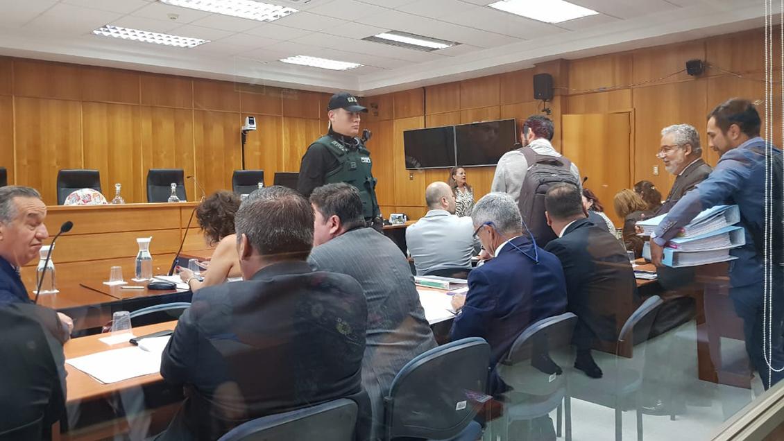 Suspenden inicio del juicio por crimen de Catrillanca: Defensor presentó licencia médica